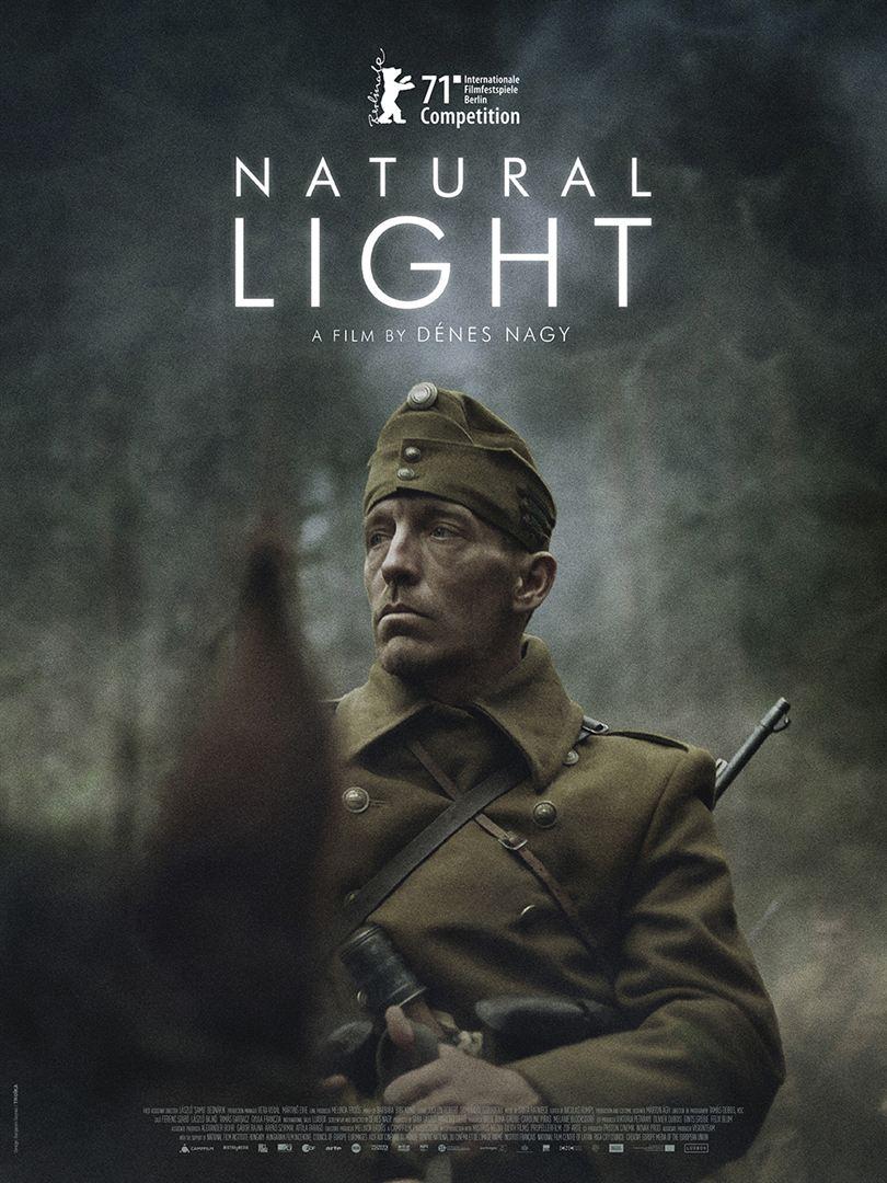 "<span lang =""fr"">NATURAL LIGHT</span>"